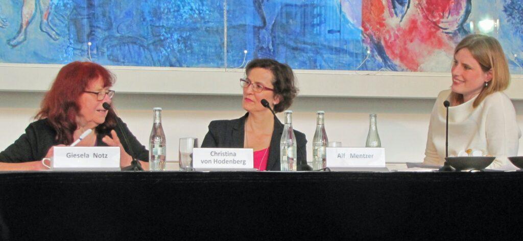 Gisela Notz, Christina von Hodenberg und Insa Wilke (Moderatorin)